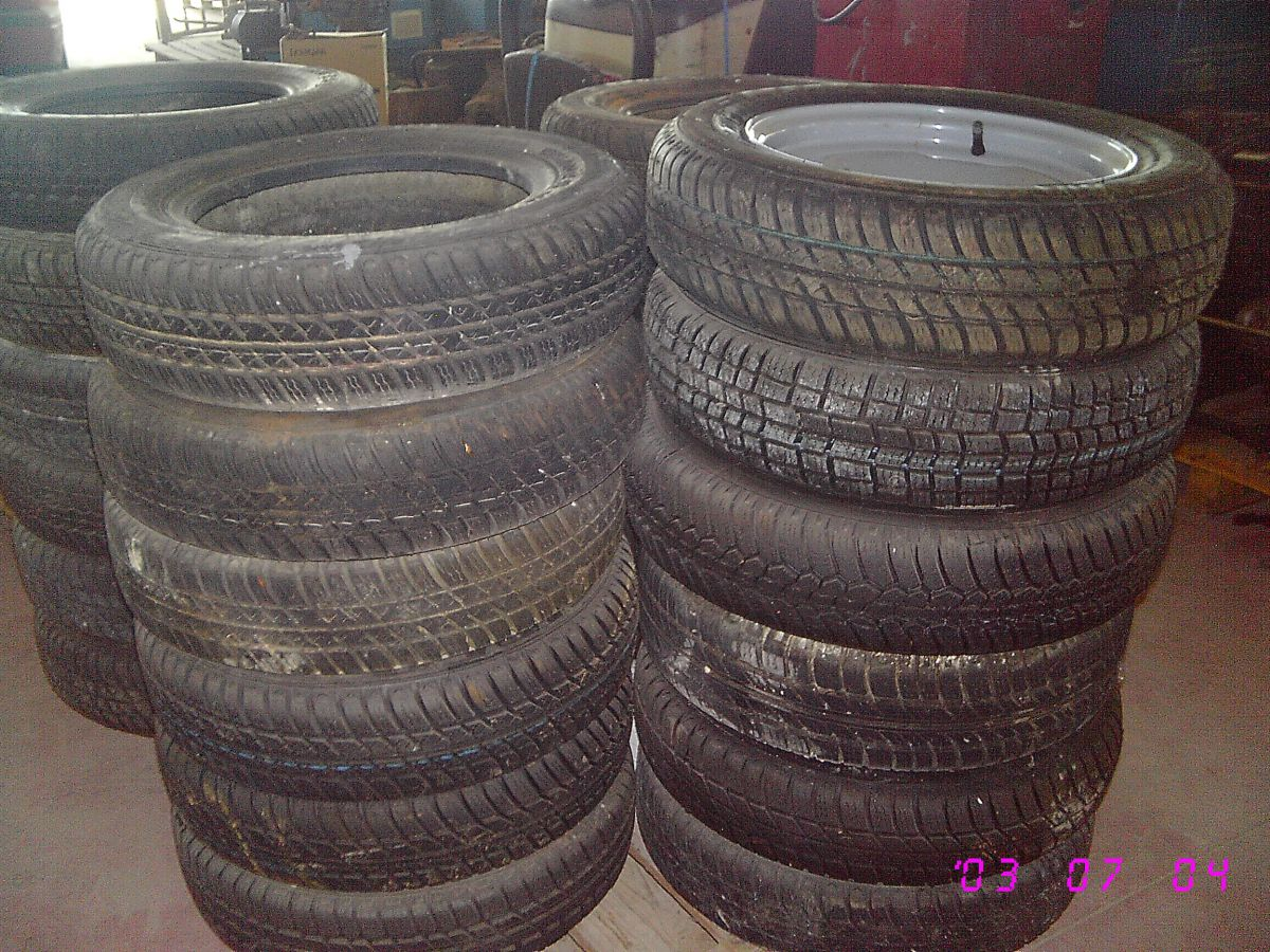 96D10 - RUOTE COMPLETE RIDER 135X80 R13