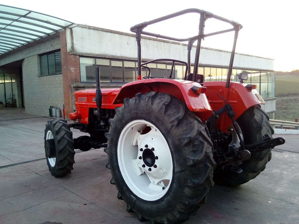 333A TRATTORE AGRICOLO FIAT OM 850 DT 85 HP